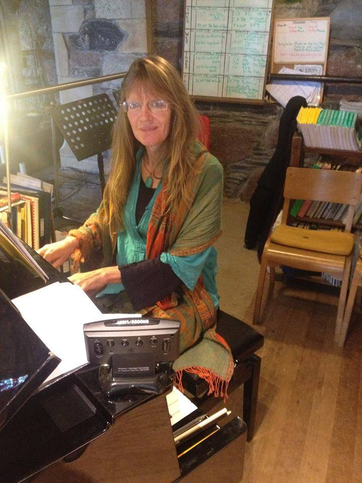 Picture of Carol Donaldson composing